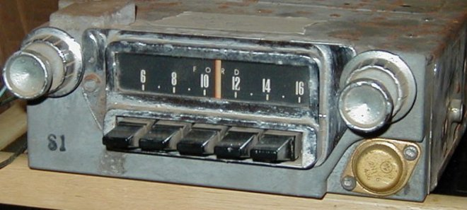 I really love this picture of a 1965 AM radio. It comes from a Ford Mustang. To see more, click on the radio.